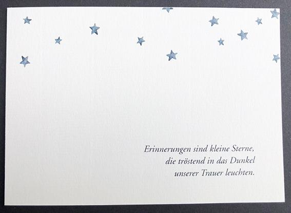 Individuelle Trauerkarte mit Sternen