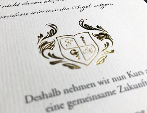 Hochzeitskarte mit vergoldetem Wappen