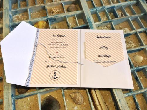 Hochzeitskarte im praktischen Umleger